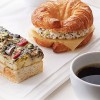 Starbucks introduces Espresso Confections & new breakfast line-up